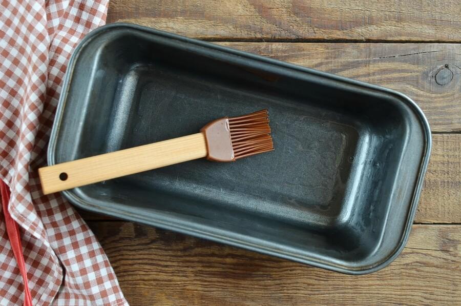 Easy Meatloaf recipe - step 1