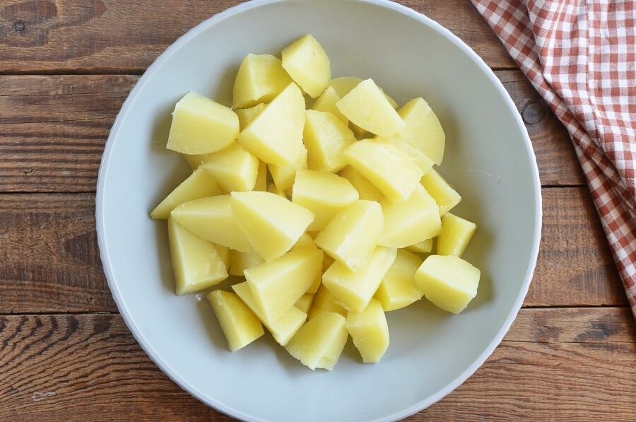 Easy Sour Cream Scalloped Potatoes recipe - step 3