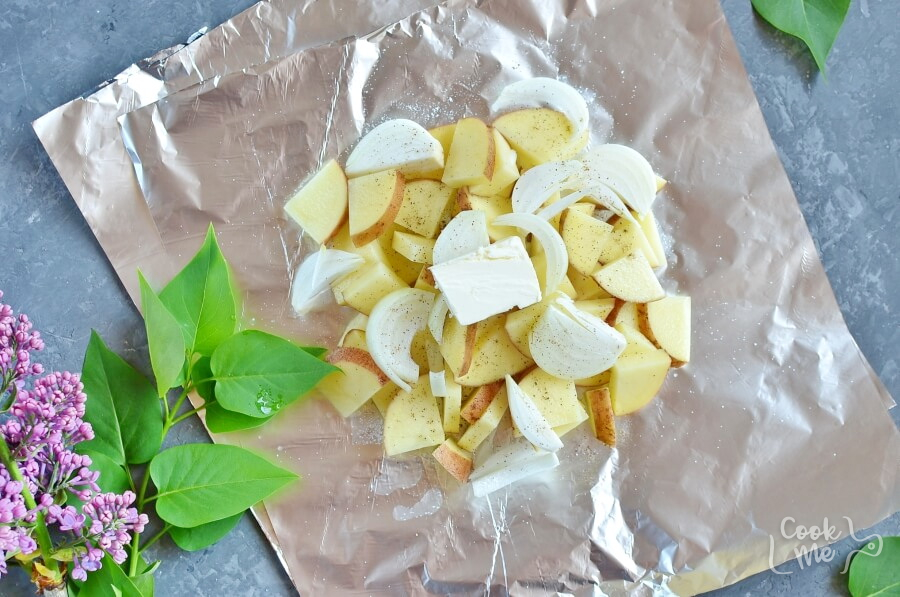 Grilled Potatoes and Onion recipe - step 3