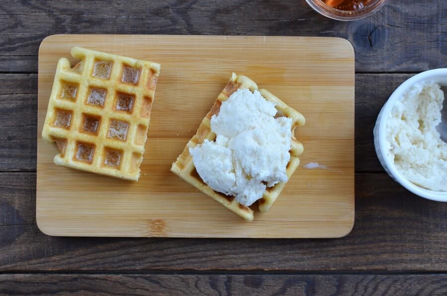Ice Cream Waffle Sandwich recipe - step 3