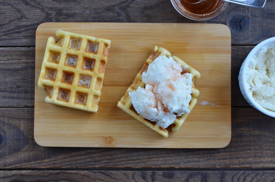 Ice Cream Waffle Sandwich recipe - step 4
