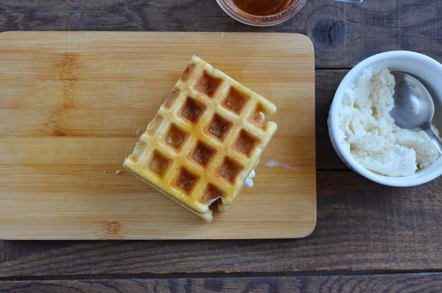 How to serve Ice Cream Waffle Sandwich