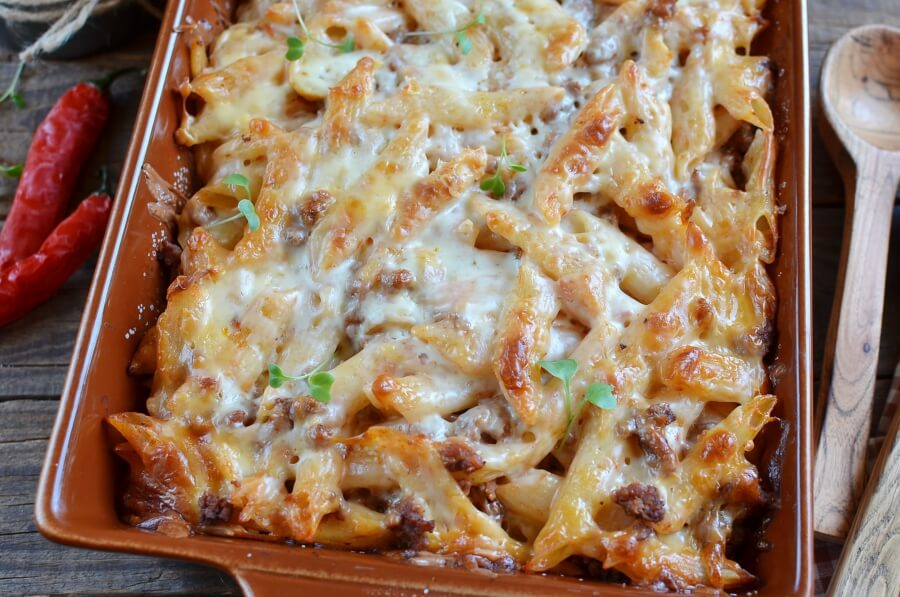 How to serve Kid's Favorite Pizza Casserole