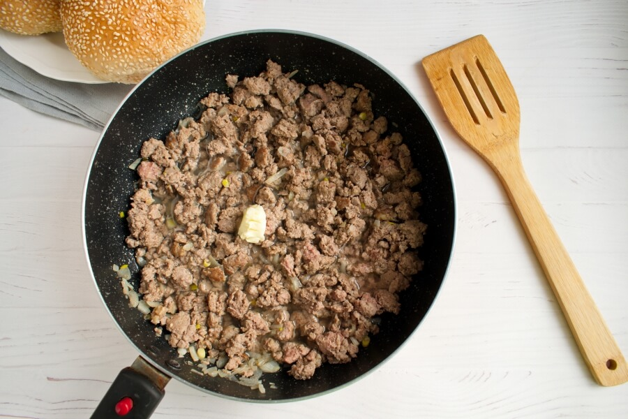 Loose Meat on a Bun, Restaurant Style recipe - step 2