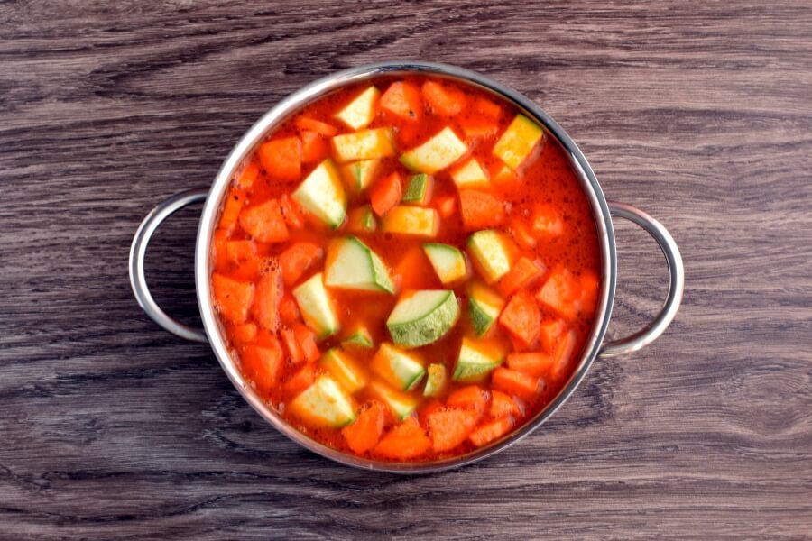 How to serve Mexican Chicken Meatball Soup (Sopa de Albondigas de Pollo)