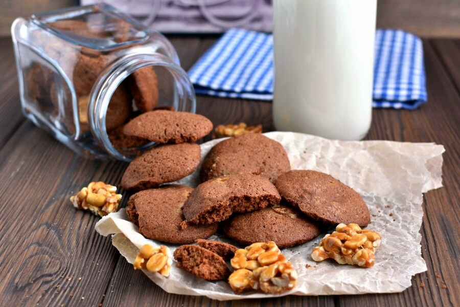 How to serve Peanut Butter Chip Chocolate Cookies