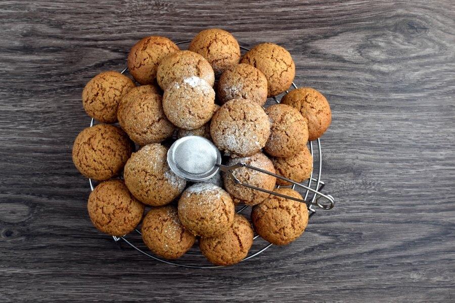 How to serve Easy Pfeffernusse Cookies