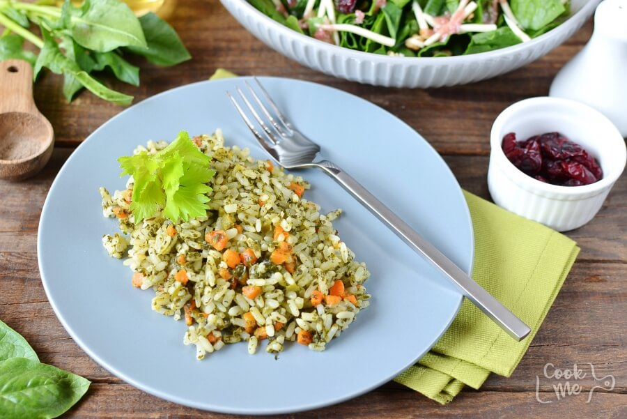 How to serve Quick and Easy Spinach Rice (Palak Rice)
