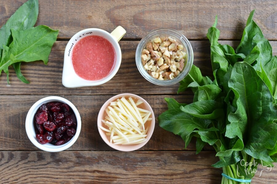 Ingridiens for Simple Cranberry Spinach Salad