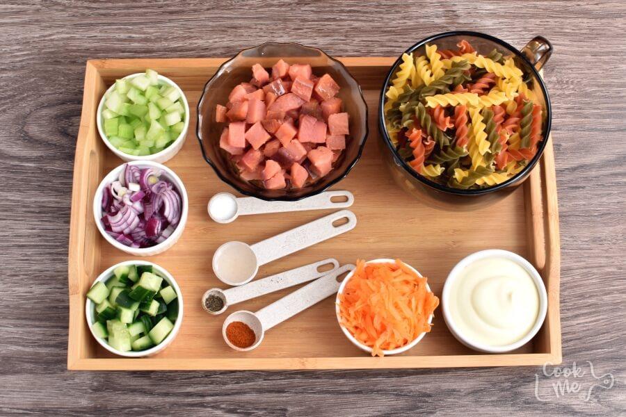 Smoked Salmon Pasta Salad Recipe-Homemade Smoked Salmon Pasta Salad-Delicious Smoked Salmon Pasta Salad