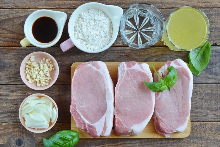 Ingridiens for Smothered Pork Chops