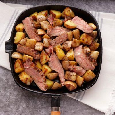 Easy Steak and Egg Hash recipe - step 5