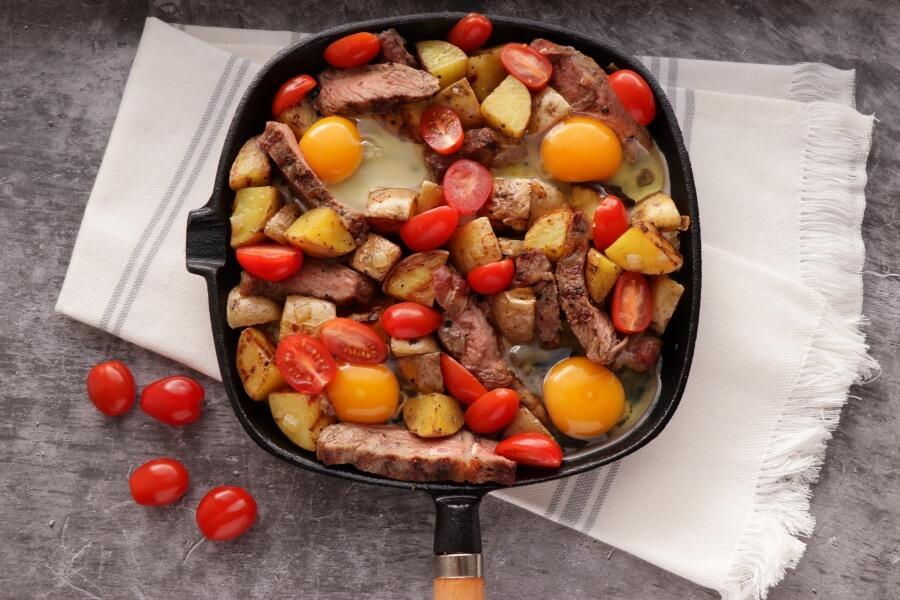 Easy Steak and Egg Hash recipe - step 7