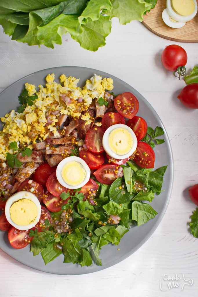 Classic BLT salad with a sweet dressing