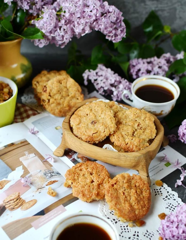 Beth's Spicy Oatmeal Raisin Cookies Recipe-How To Make Beth's Spicy Oatmeal Raisin Cookies-Delicious Beth's Spicy Oatmeal Raisin Cookies