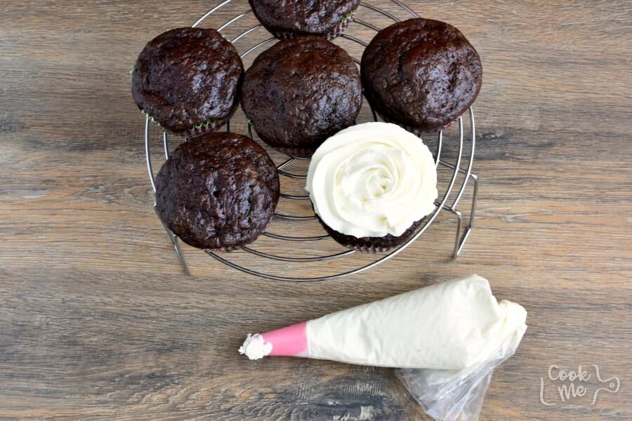 Chocolate Carrot Cupcakes recipe - step 8