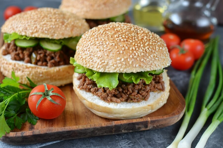 How to serve Classic Sloppy Joes