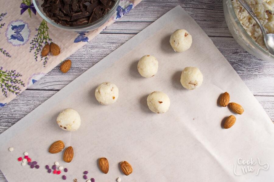 Coconut Bonbons recipe - step 3