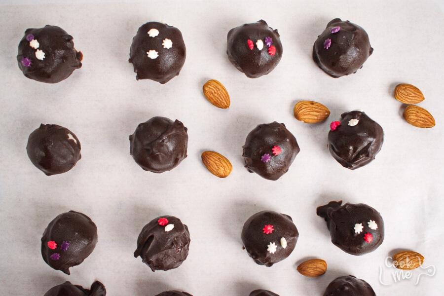 Coconut Bonbons recipe - step 8