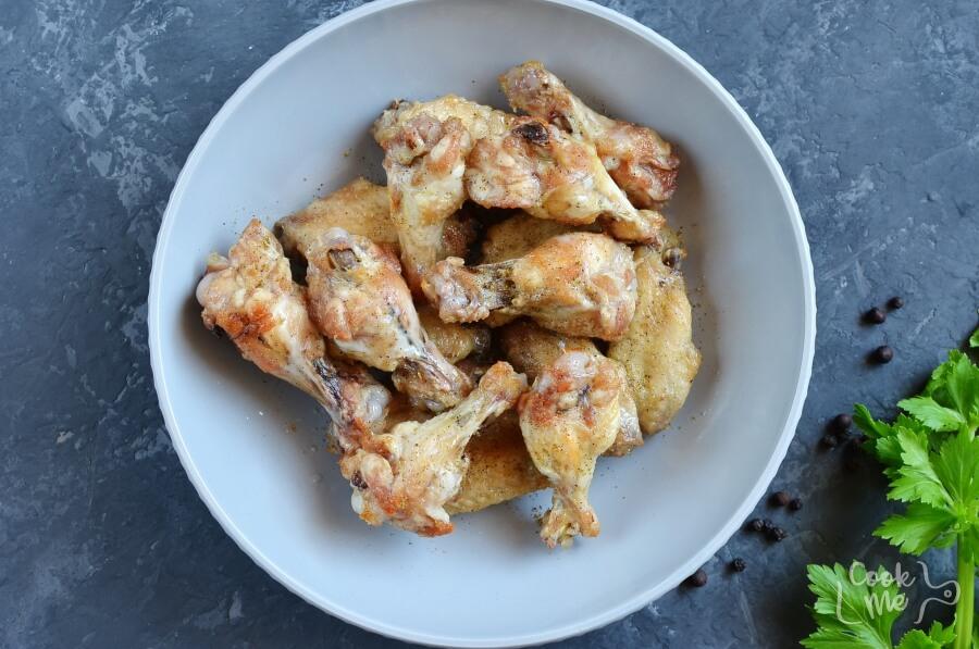 Easy Keto Lemon Pepper Chicken Wings recipe - step 4