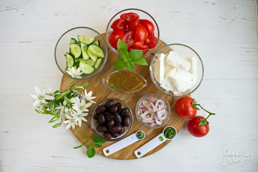 Ingridiens for Greek Tomato Salad