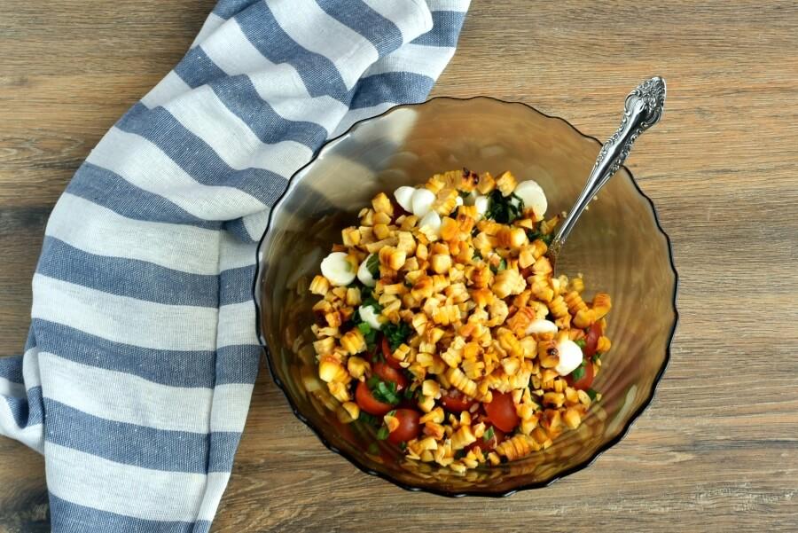 Healthy Grilled Corn Caprese Quinoa Salad recipe - step 6