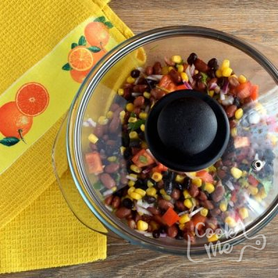 Gluten Free Mama's Famous Bean Salad recipe - step 3
