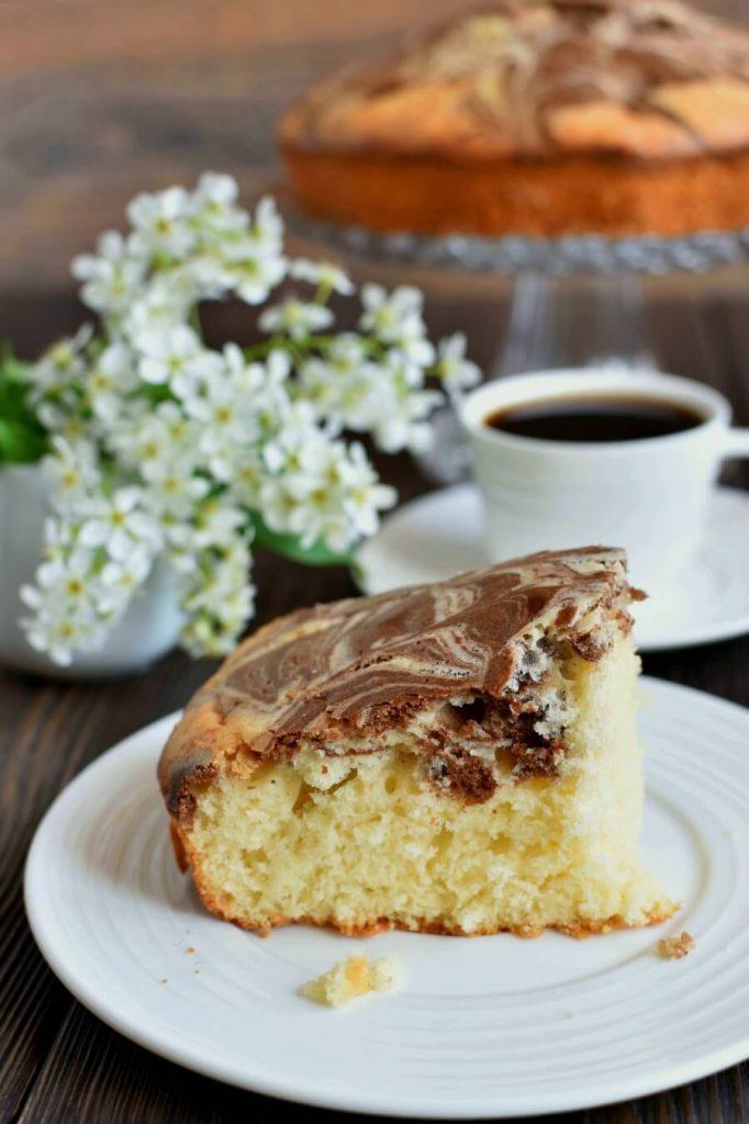 Swirled vanilla and chocolate cake