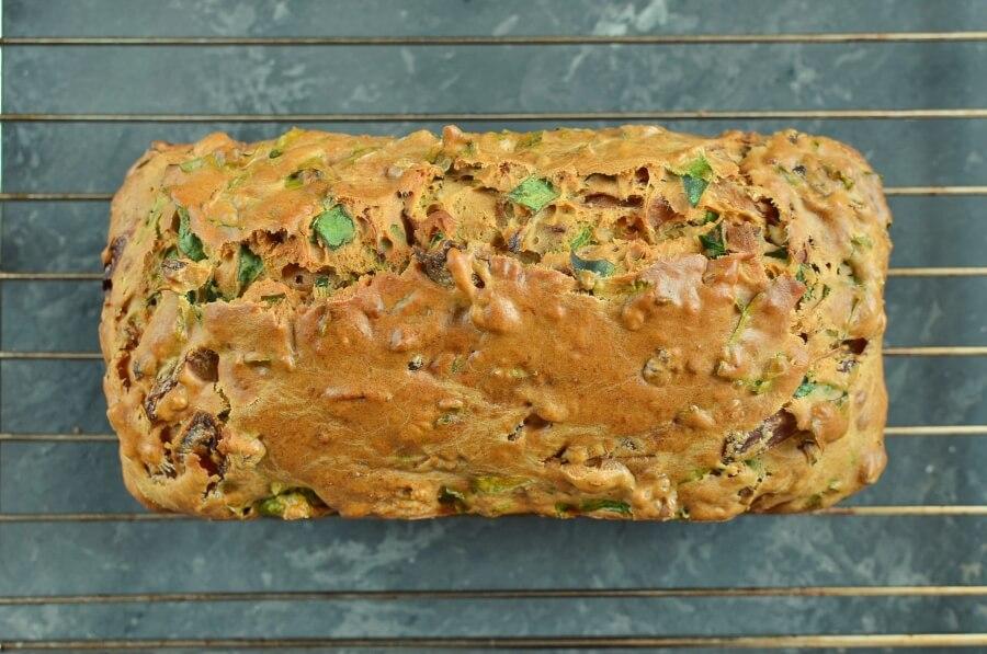 Onion Marmalade & Spinach Bread recipe - step 7