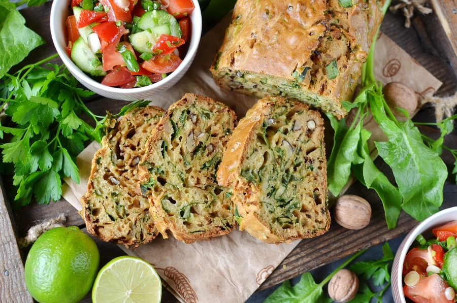 How to serve Onion Marmalade & Spinach Bread