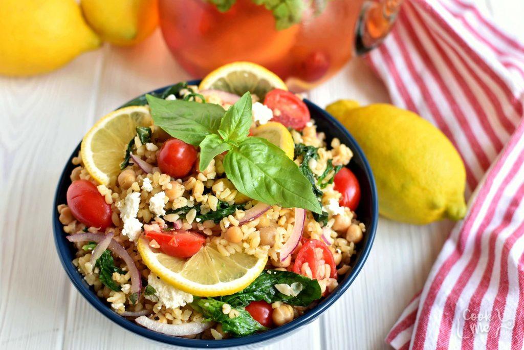 How to serve Mediterranean Bulgur Bowl