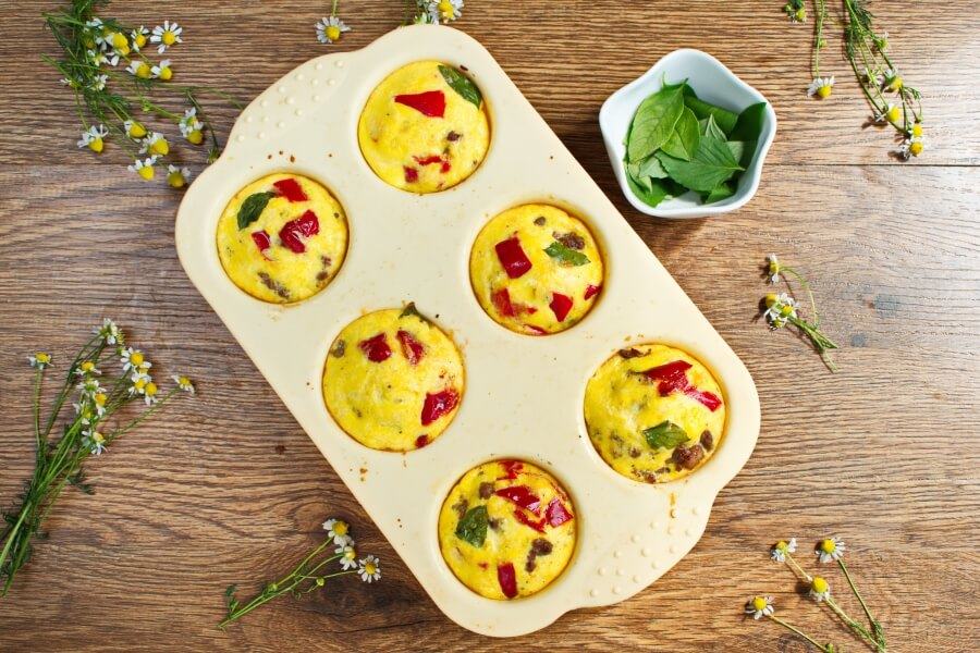 Low Carb Muffin Frittatas recipe - step 5