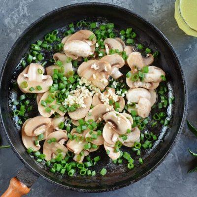 Easy Mushroom Rice recipe - step 1