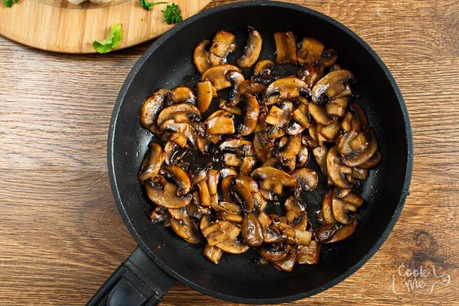 Mushrooms with a Soy Sauce Glaze recipe - step 3