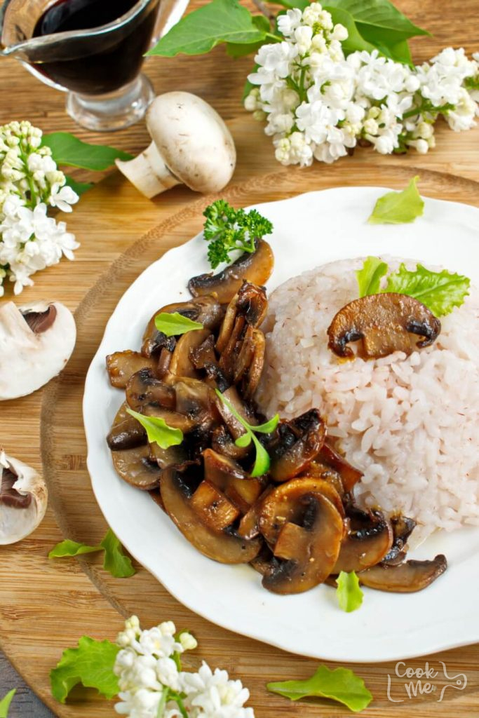 You'll love these garlicky glazed mushrooms