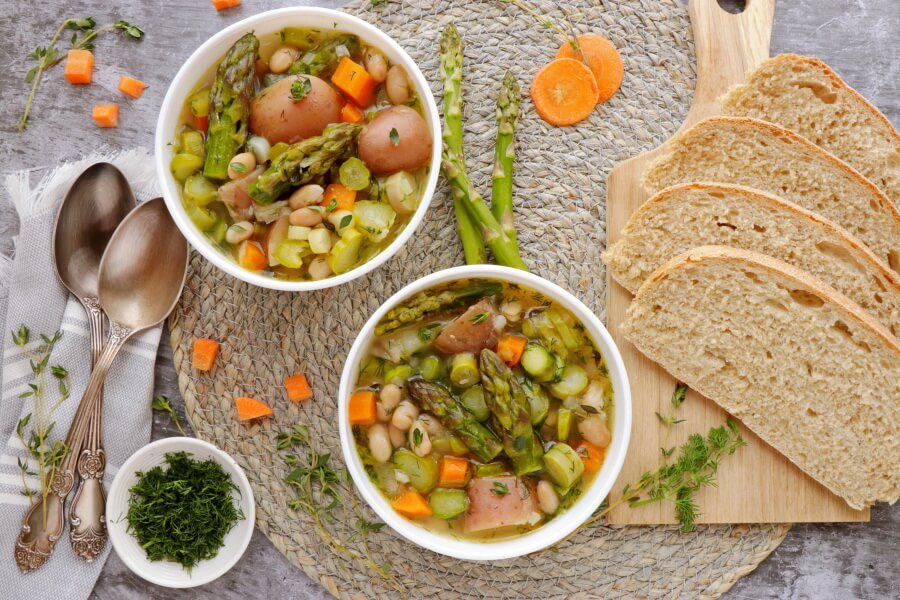 How to serve Vegan Spring Minestrone