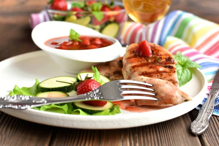 How to serve Strawberry Mint Chicken