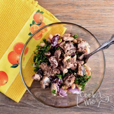 Gluten Free Tuna and White Bean Salad recipe - step 2