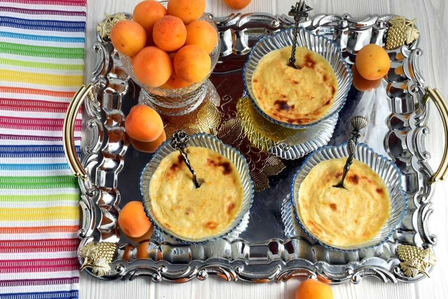 How to serve Baked Rice Pudding with Dried Apricots