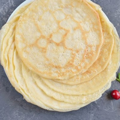 Cherry Cheese Blintzes recipe - step 2