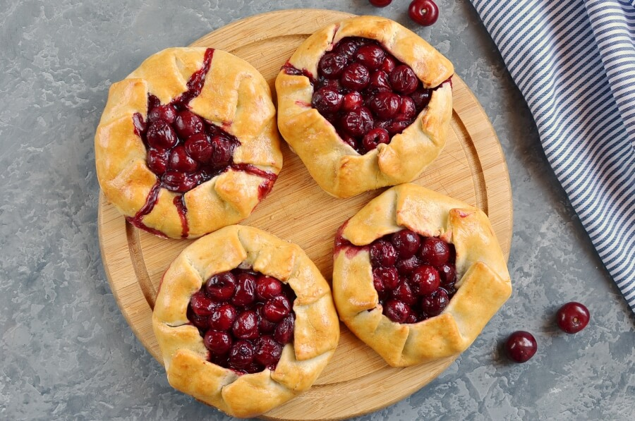 Cherry Galettes recipe - step 11