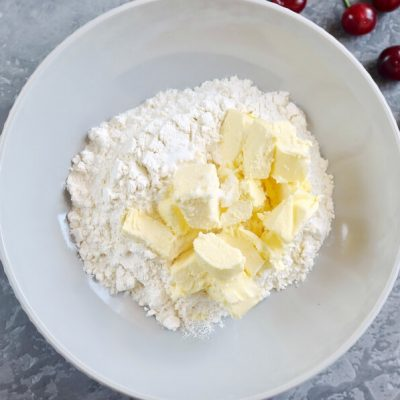 Cherry Galettes recipe - step 1