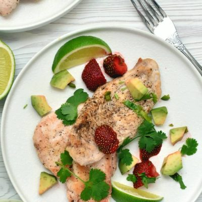 Chicken Cutlets with Strawberry-Avocado Salsa Recipe-How To Make Chicken Cutlets with Strawberry-Avocado Salsa-Delicious Chicken Cutlets with Strawberry-Avocado Salsa