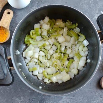 Chicken Detox Soup recipe - step 1