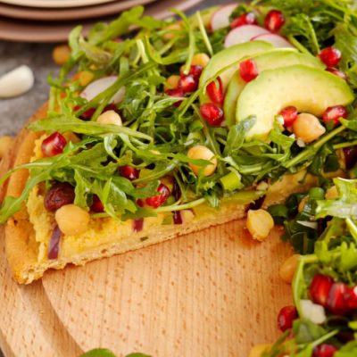 Chickpea Crust Pizza with Greens Galore Recipe-Delicious Vegan Chickpea Crust Pizza with Greens Galore-How to Make Chickpea Crust Pizza