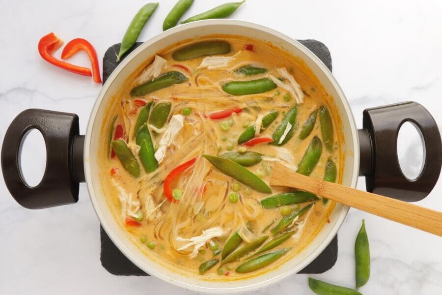 Coconut Curry Chicken Soup recipe - step 4