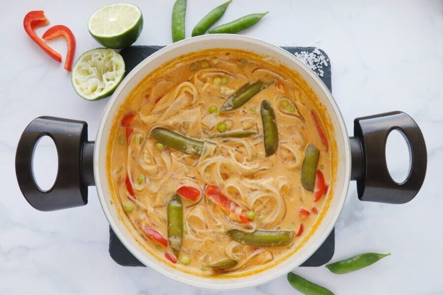 Coconut Curry Chicken Soup recipe - step 5