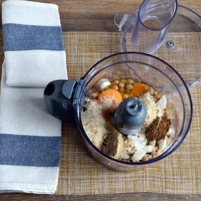 Vegetarian Falafel-Stuffed Eggplant recipe - step 5