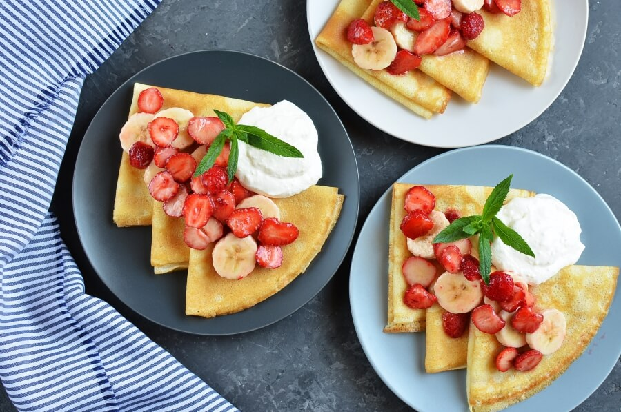 How to serve Gluten free Strawberry-Banana Crepes