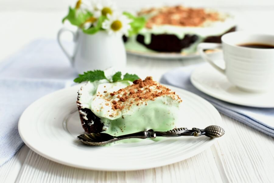 Grasshopper Ice Cream Pie Recipe-How To Make Grasshopper Ice Cream Pie-Delicious Grasshopper Ice Cream Pie